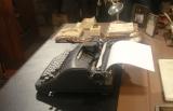puppet_typewriter_2