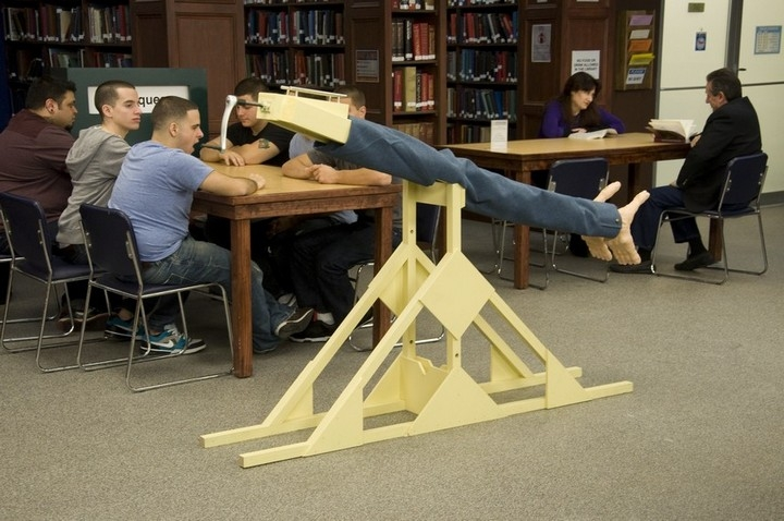 how to build a wedgie machine